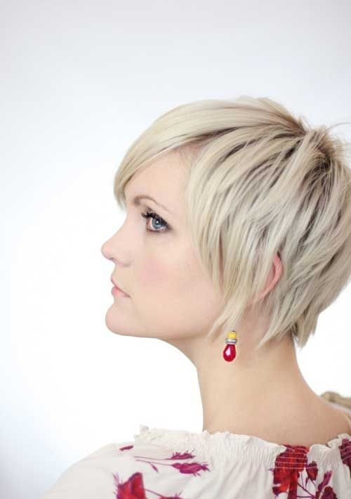 1.  Trendy Layered Short Hairstyles