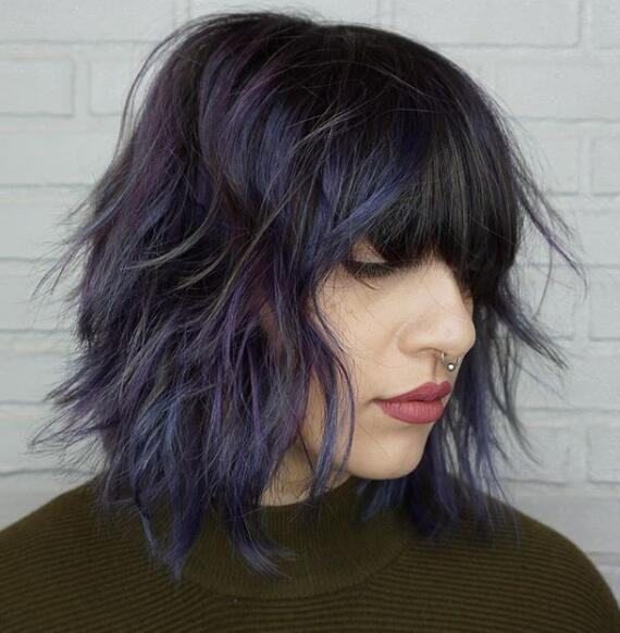 17. Royal Blue Layered Bob Hairstyles