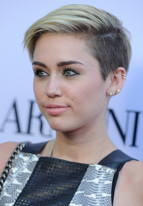 #4. Deep side parted short straight pixie cut