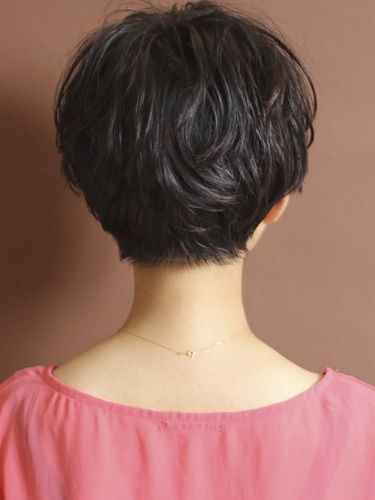 #5. Cute Short Hairstyles for Stylish Women