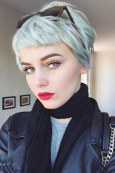 4. Mint Pixie Cut with Bangs for Wavy Hair