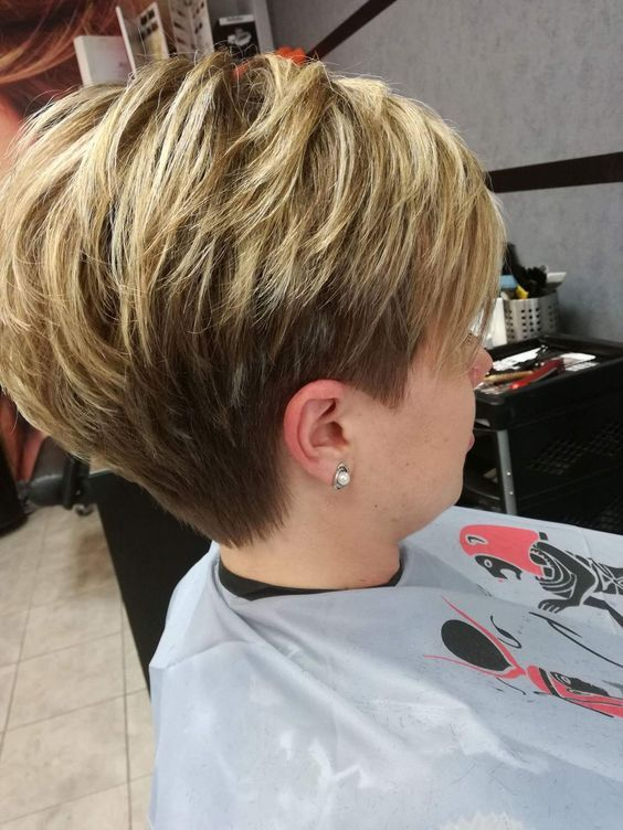 7. Cute Pixie with Short Nape