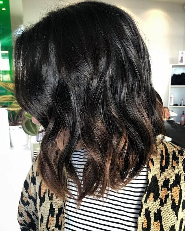 12. Wavy Lob with Dip-dyed Ends