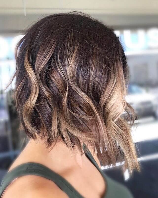 5. Dramatic Over-the-shoulder Lob with Waves