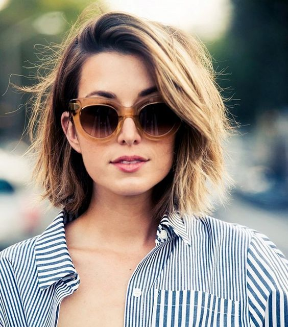 Most Flattering Short Haircuts for Thick Hair