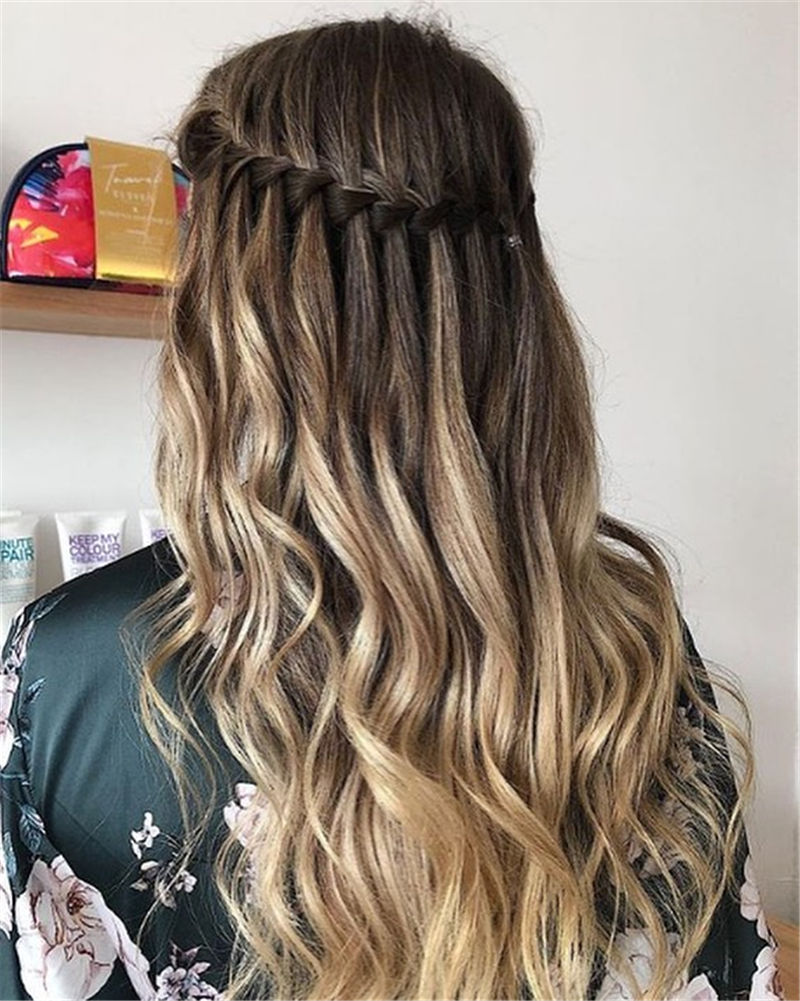 Best Hairstyles Perfect for Valentine's Day-11