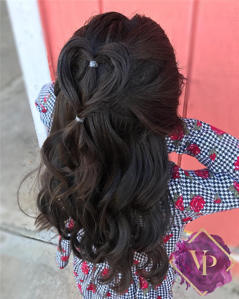 Best Hairstyles Perfect for Valentine's Day-23