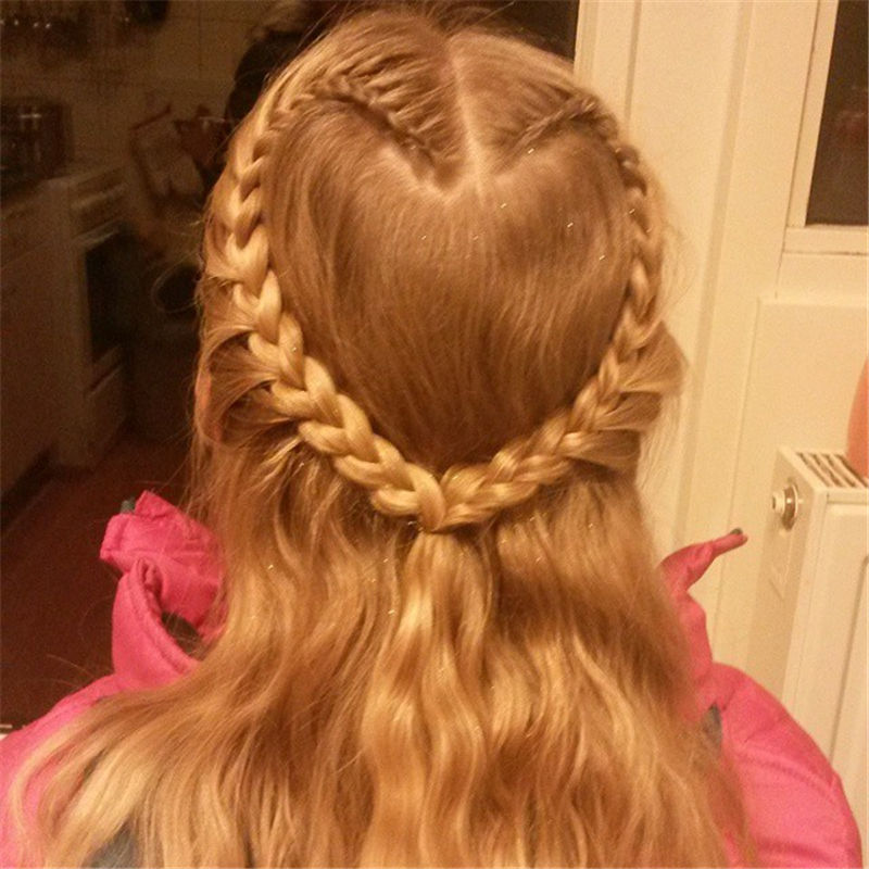 Best Hairstyles Perfect for Valentine's Day-32