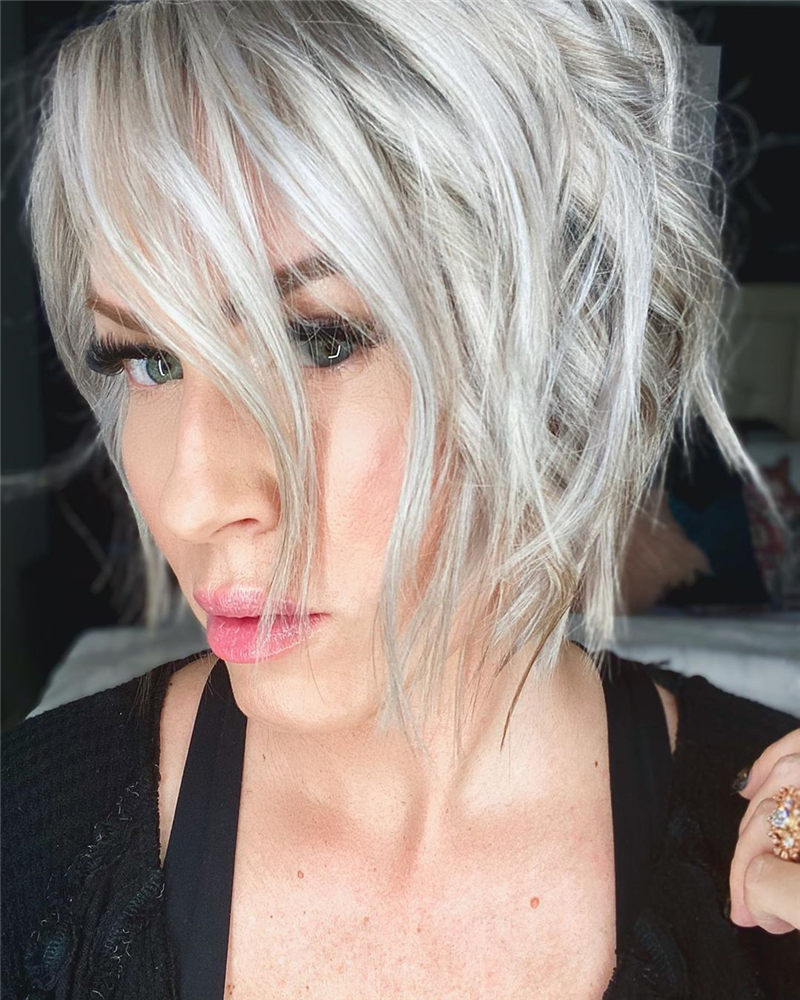 Best Short Haircuts to Inspire Your Prom Look-07