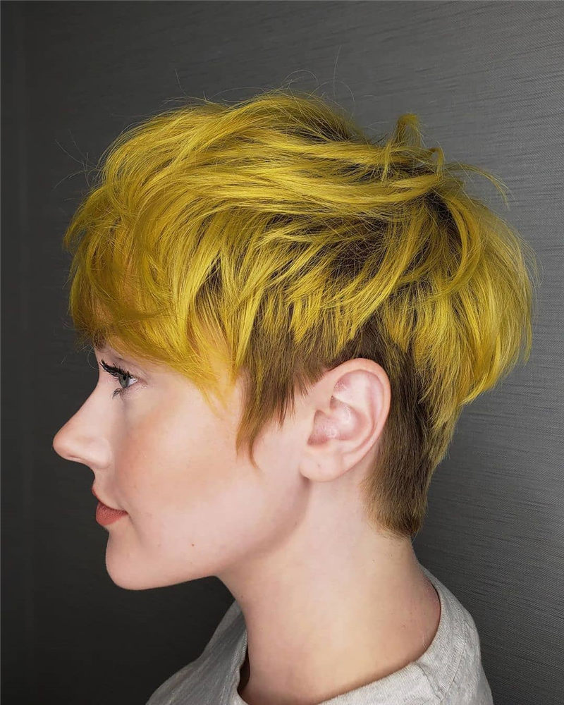 Best Short Haircuts to Inspire Your Prom Look-11