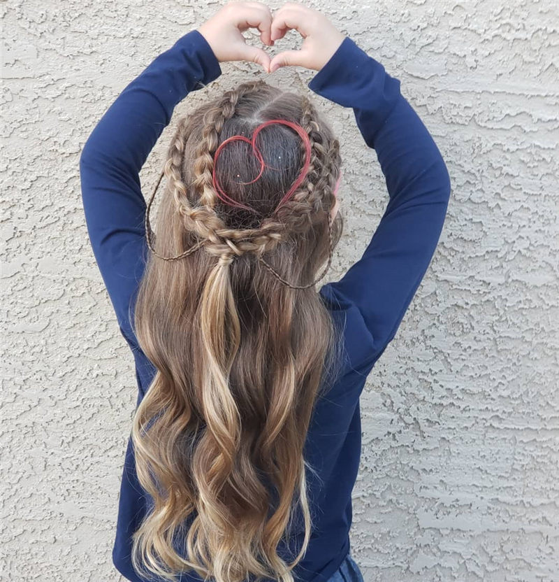Best Valentine's Day Hairstyles For Girls for Whatever You Have Planned-24