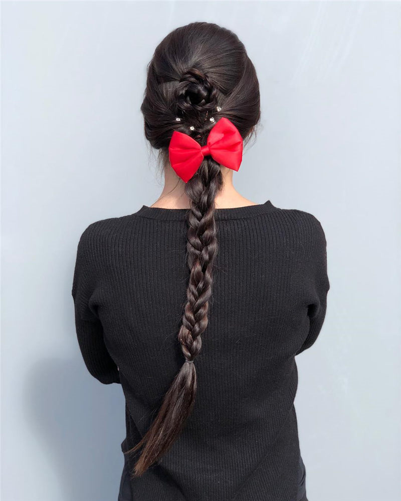 Best Valentine's Day Hairstyles For Girls for Whatever You Have Planned-37