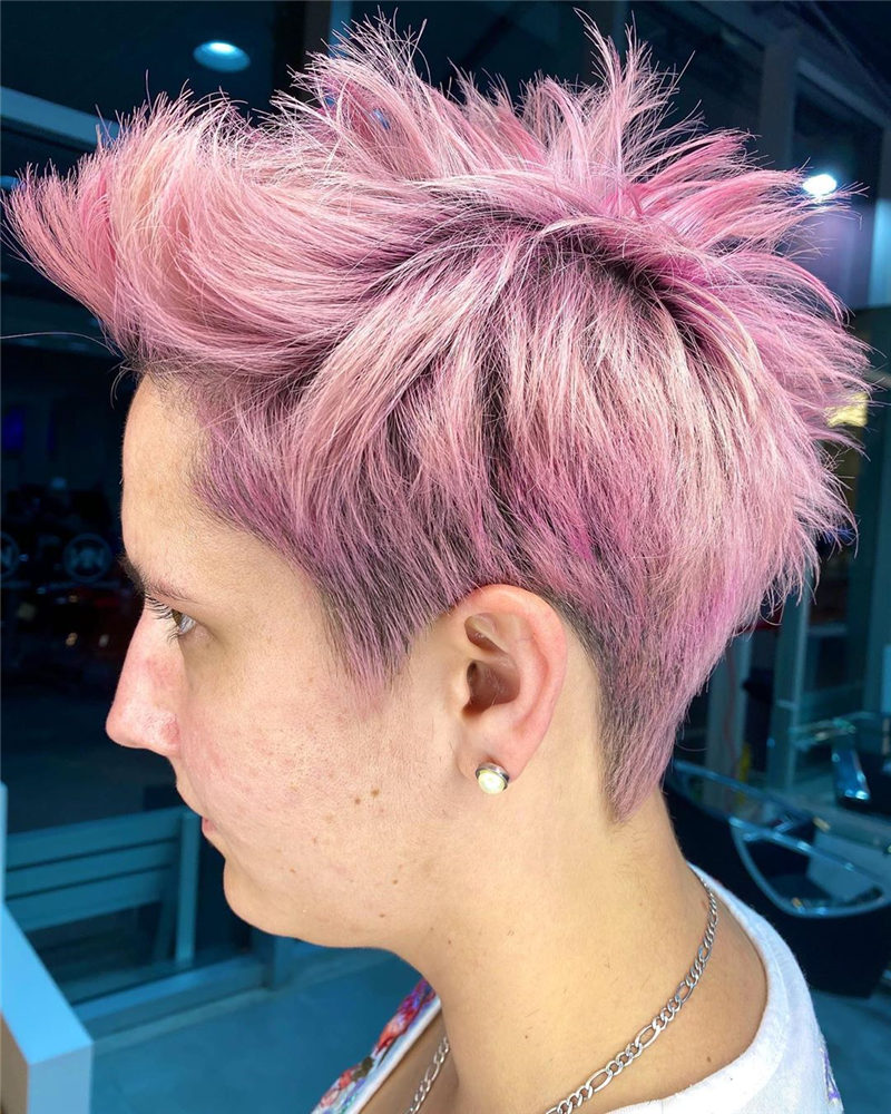 Cool Pixie Haircuts to Light You Up in 2020-28
