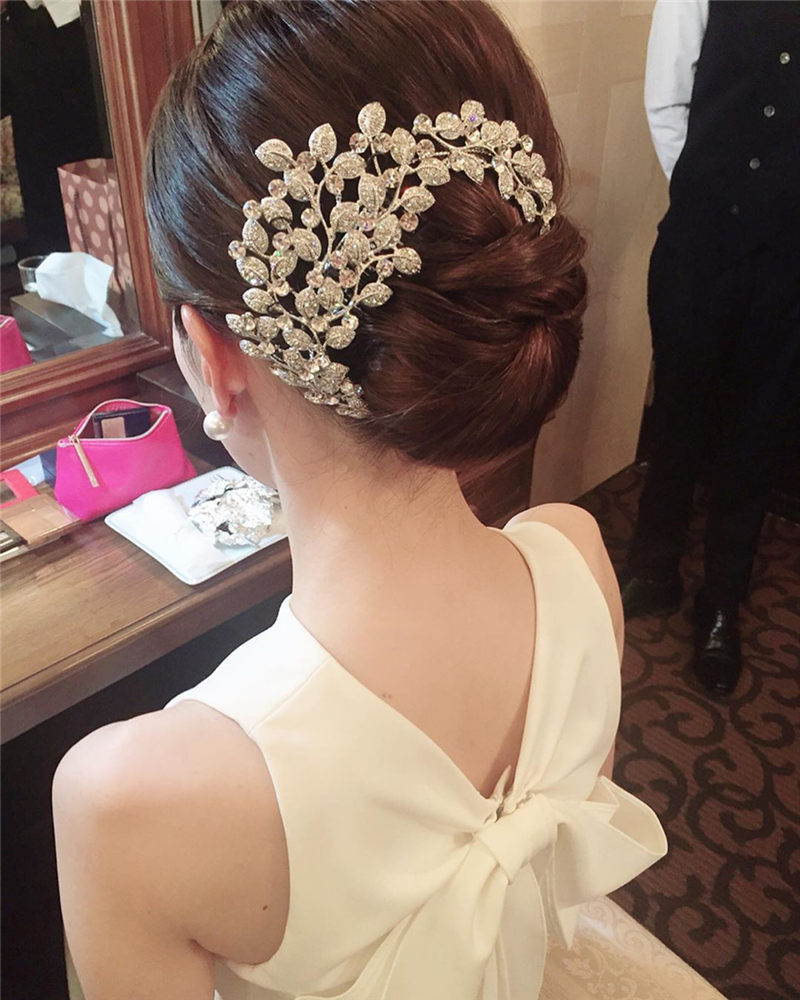 Gorgeous Wedding Hairstyles That Will Give You a Glammed Up Look-01