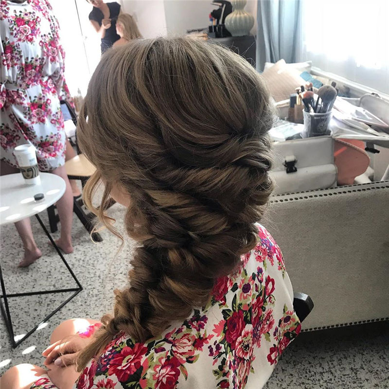 Gorgeous Wedding Hairstyles You May Like-18