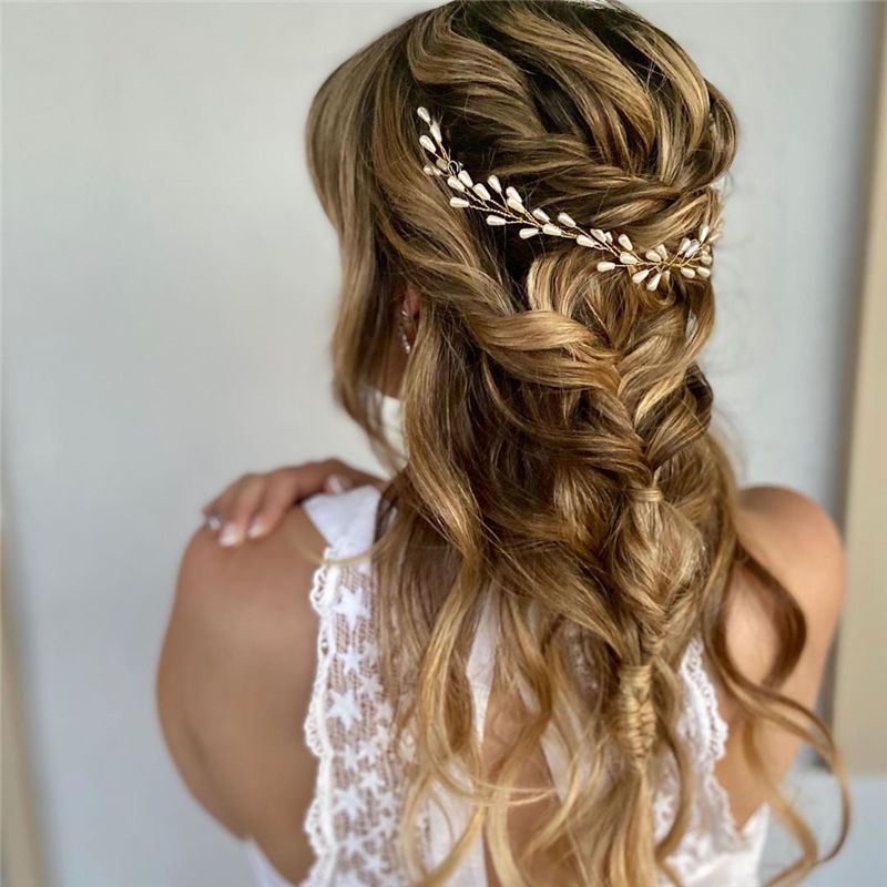 Gorgeous Wedding Hairstyles You May Like-27