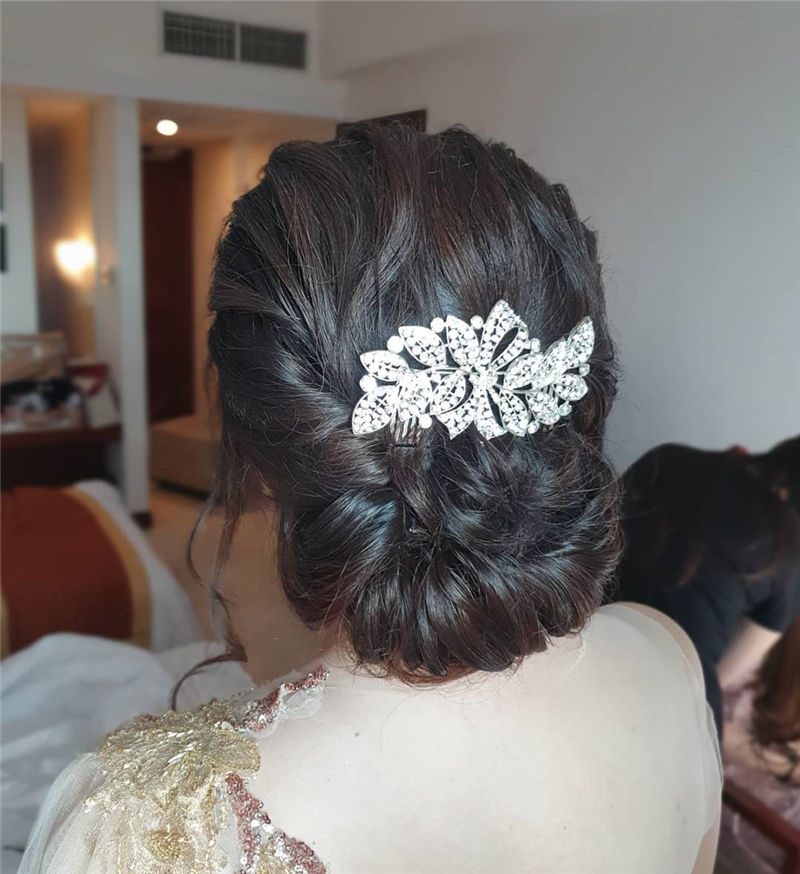 Gorgeous Wedding Hairstyles You May Like-32