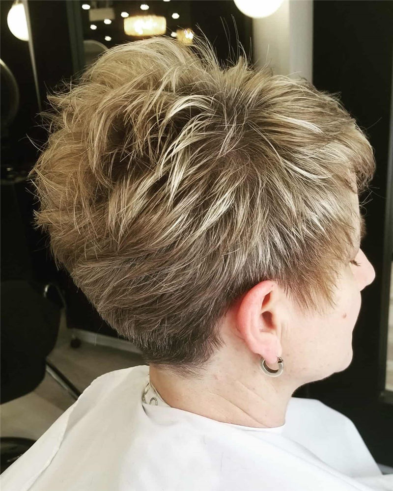 Great Trendy Pixie Haircuts to Refresh Your Style-03