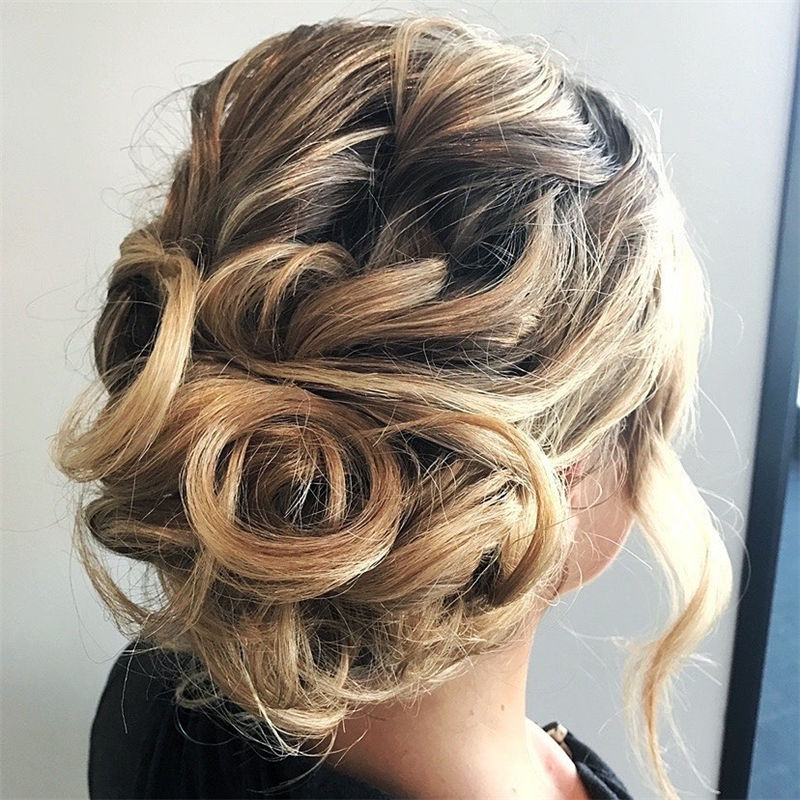 New Updos You'll Love to Wear in 2020-09