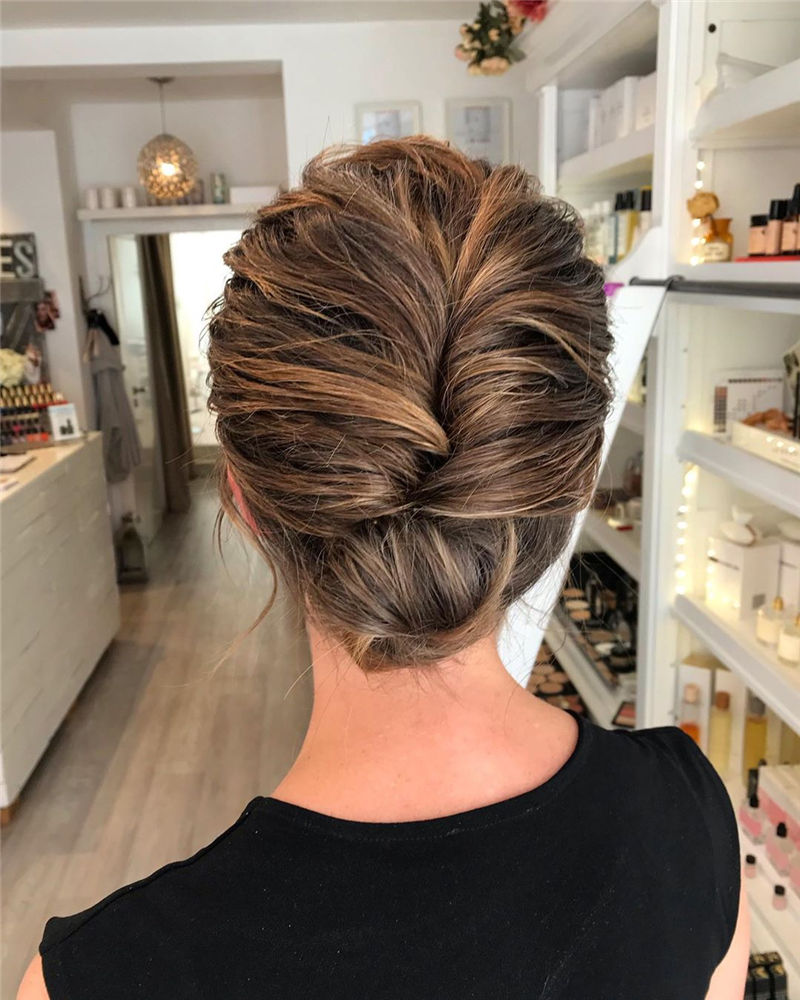 New Updos You'll Love to Wear in 2020-19