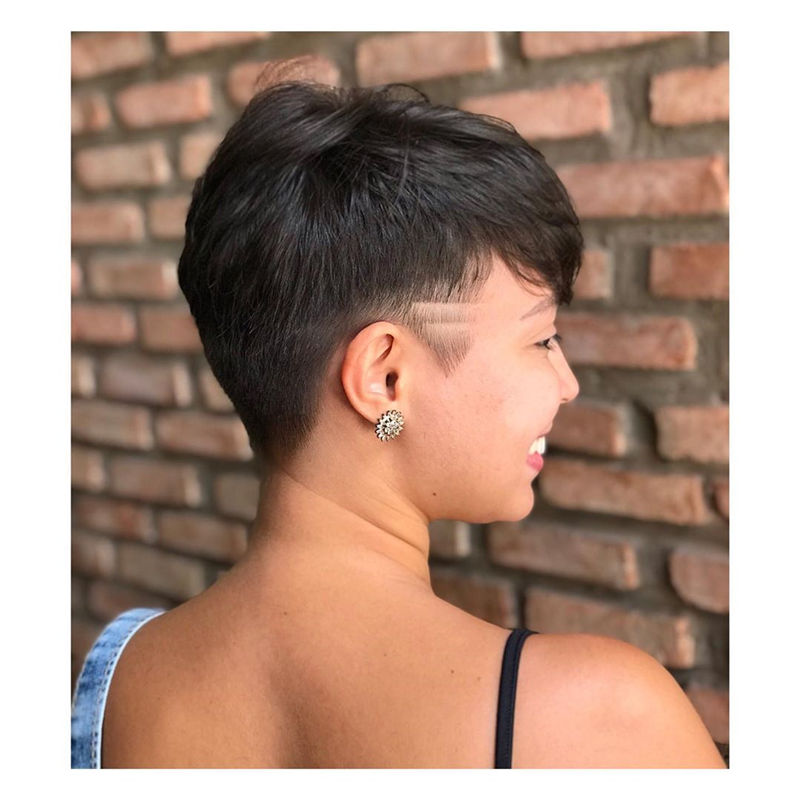 Popular Short Pixie Cut Hairstyles with Casual and Prom Looks-02