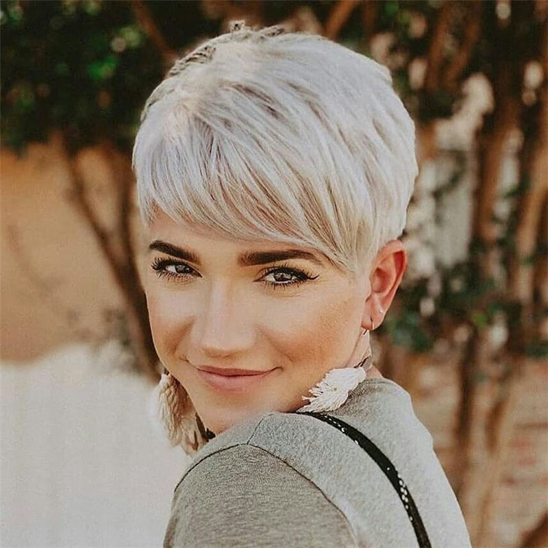 Popular Short Pixie Cut Hairstyles with Casual and Prom Looks-19