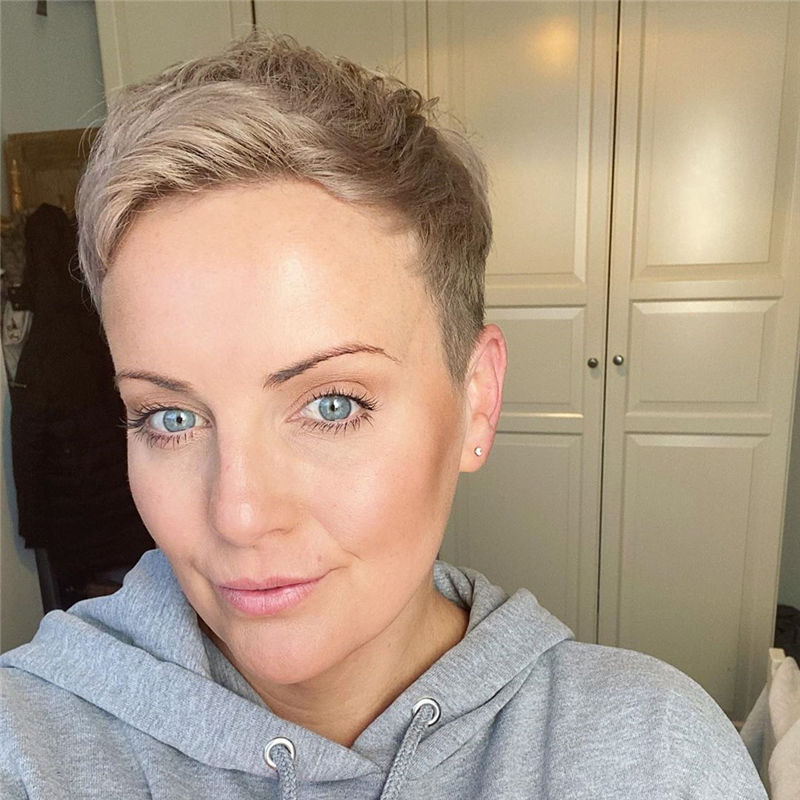 Popular Short Pixie Cut Hairstyles with Casual and Prom Looks-20