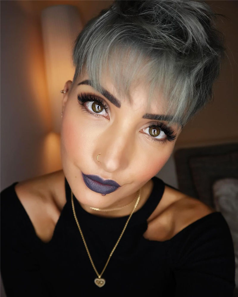 Popular Short Pixie Cut Hairstyles with Casual and Prom Looks-27