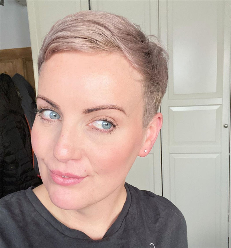 Popular Short Pixie Cut Hairstyles with Casual and Prom Looks-32