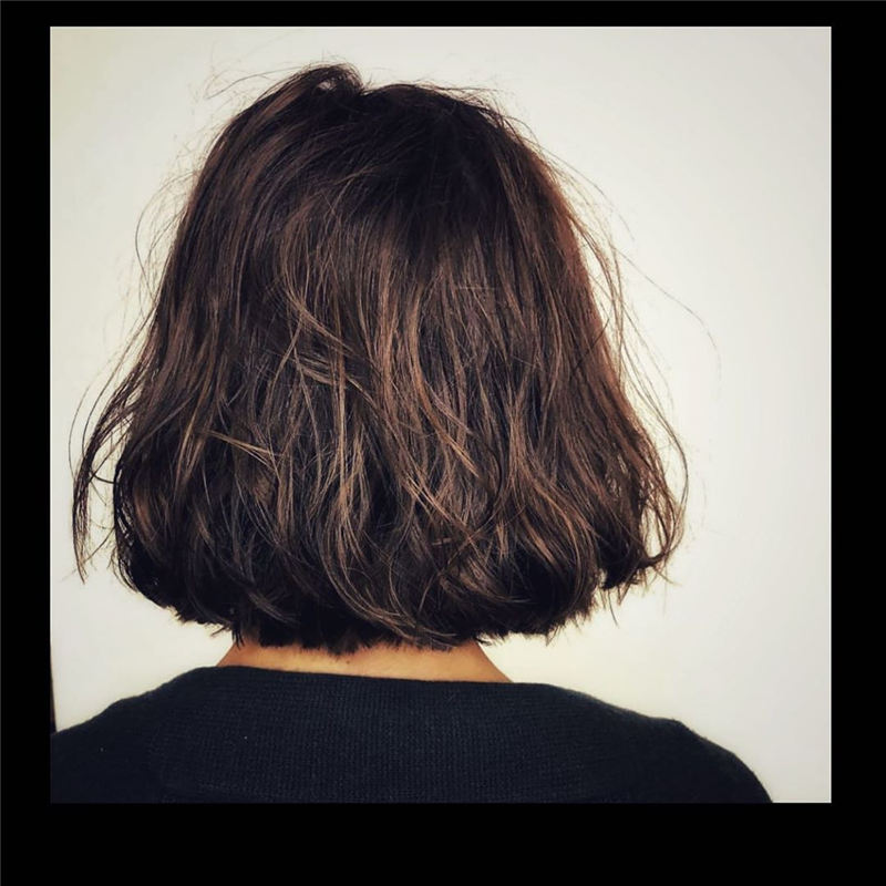 Short Haircuts For Women Not to Miss Out This Year-01