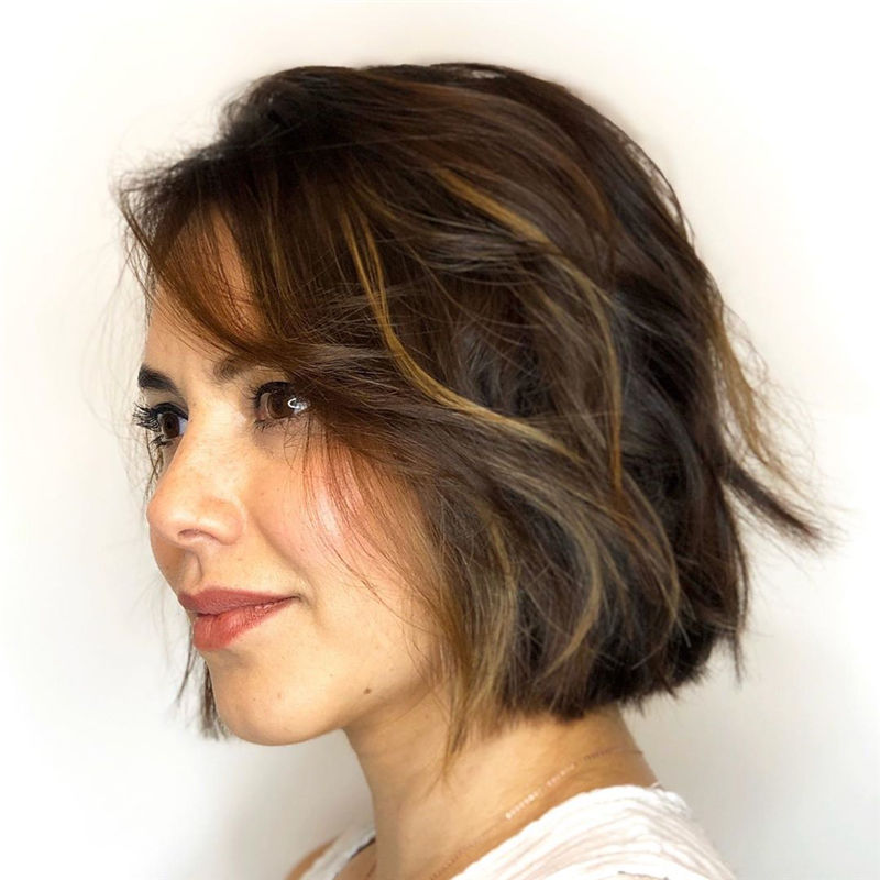 Short Wavy Bob Haircuts For An Amazing Look-01