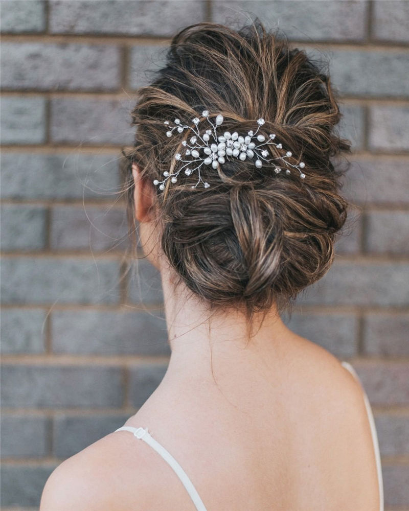 The Perfect Bridal Updo Hairstyles That You Will Totally Adore-07