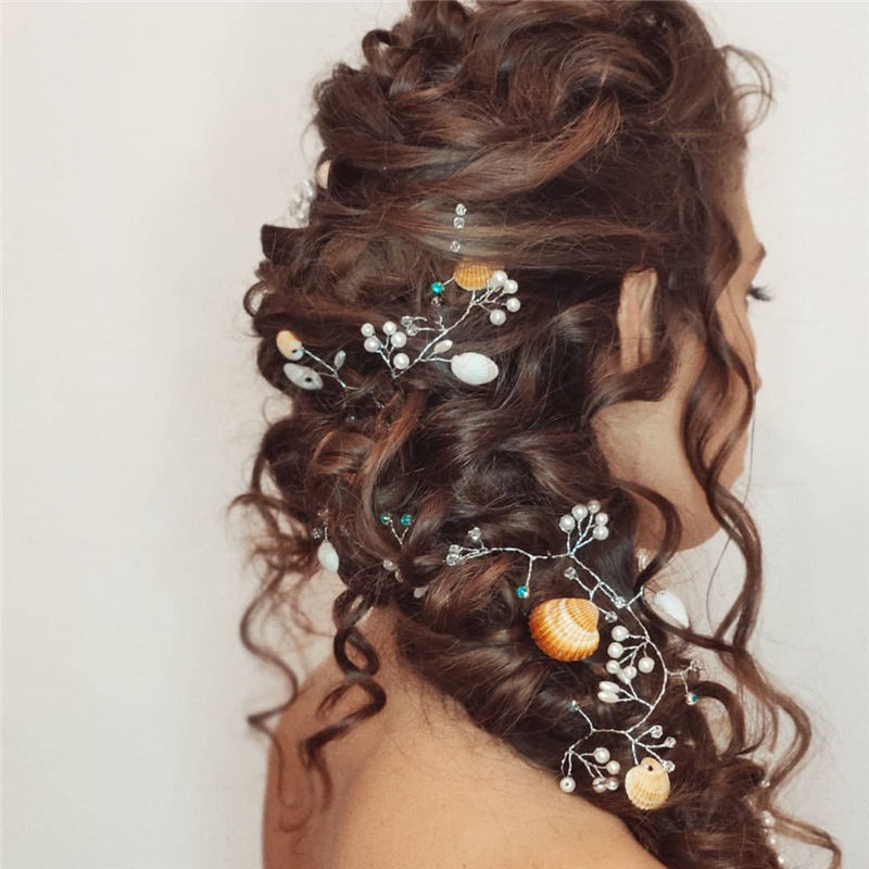 The Perfect Bridal Updo Hairstyles That You Will Totally Adore-12