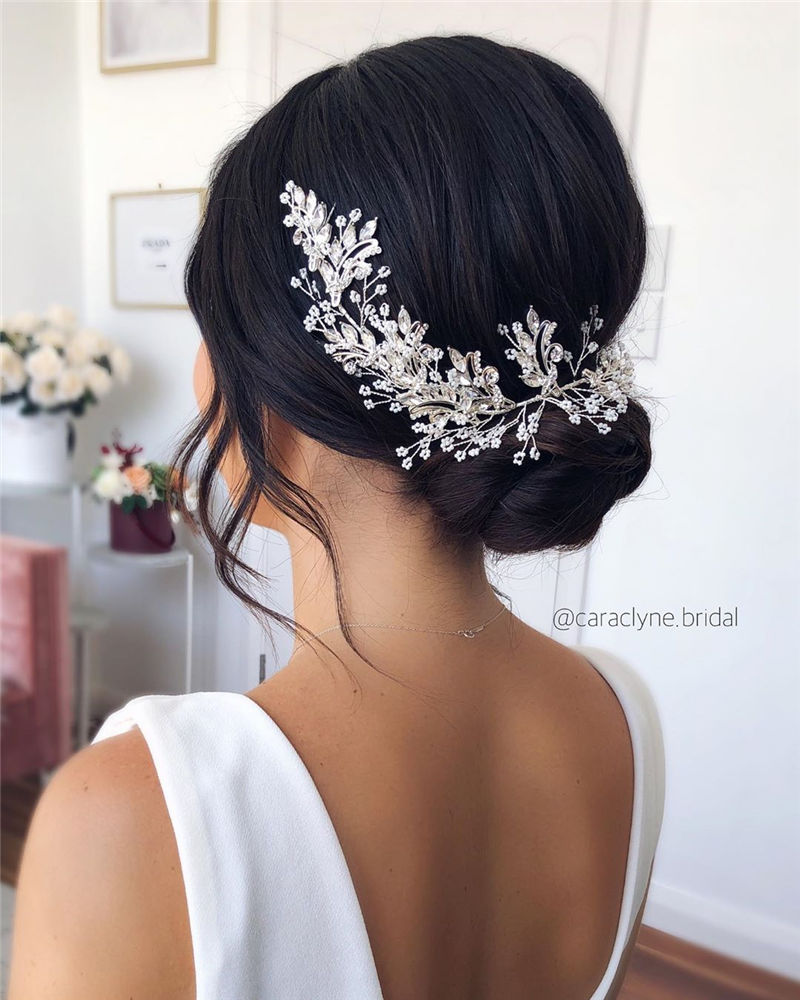 The Perfect Bridal Updo Hairstyles That You Will Totally Adore-29