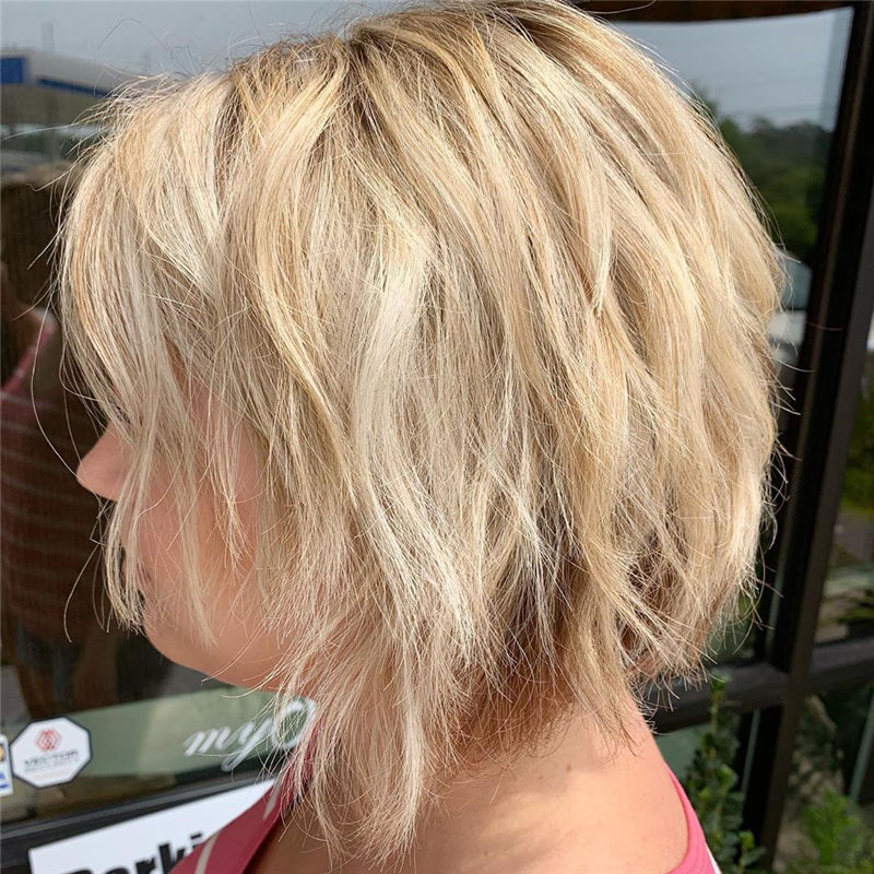 Best Short Thick Layered Hairstyles That are So Easy to Try 01