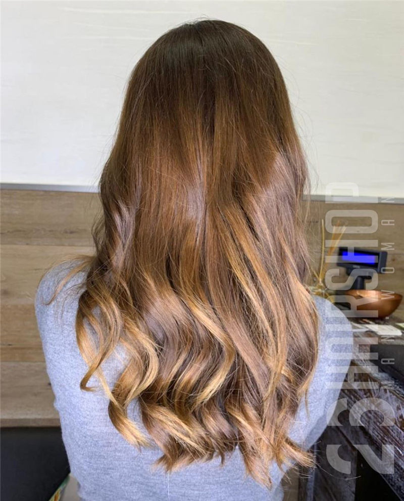 Chic Wavy Hairstyles You Can Do Yourself-01