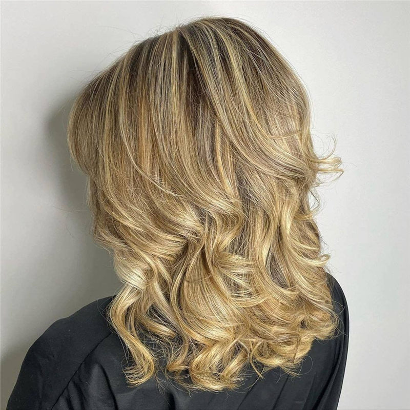 Chic Wavy Hairstyles You Can Do Yourself-09