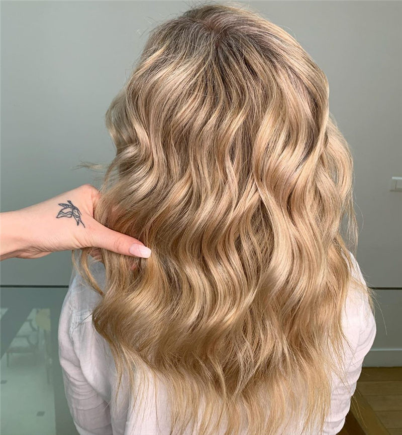 Chic Wavy Hairstyles You Can Do Yourself-27