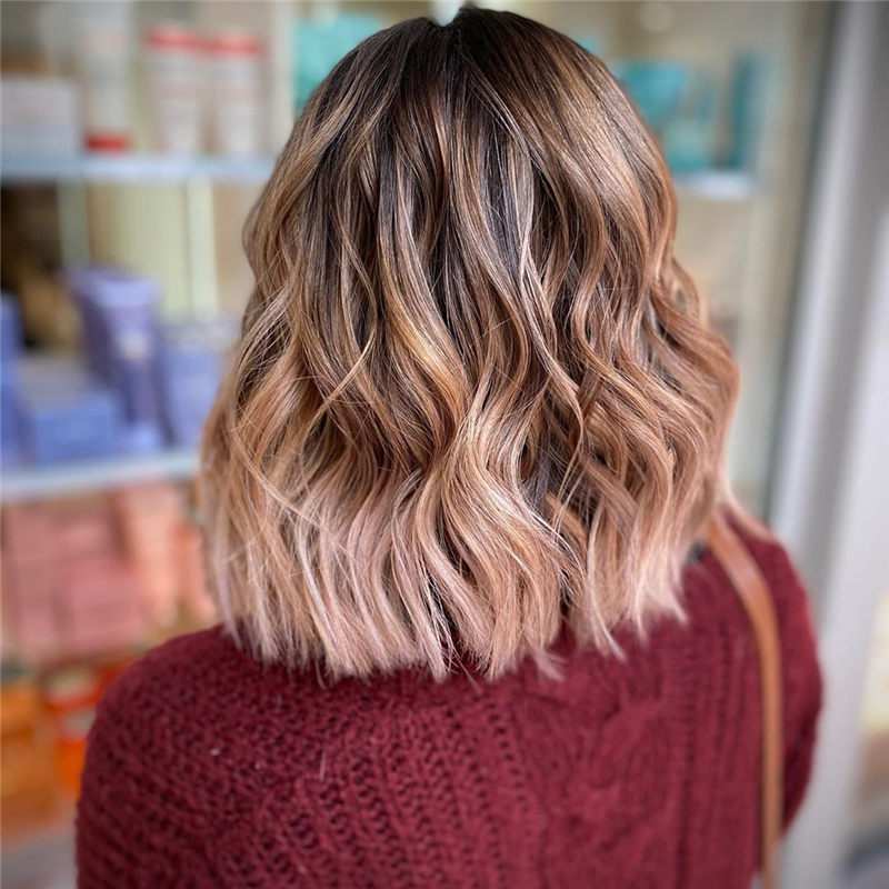 Chic Wavy Hairstyles You Can Do Yourself-31