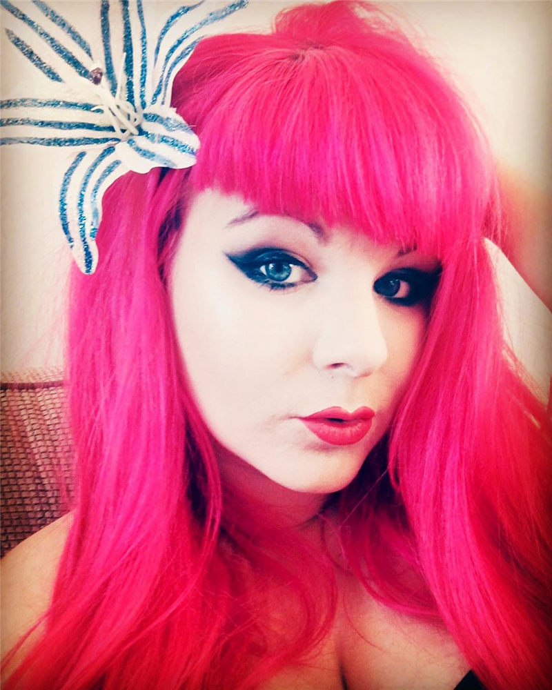 Cute Pink Hair Ideas That You'll Want To Get-18