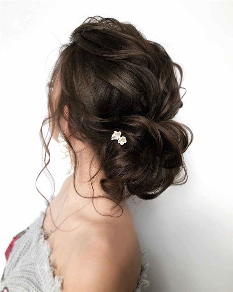 Fantastic Wedding Hairstyles to Inspire Your Prom Look-09