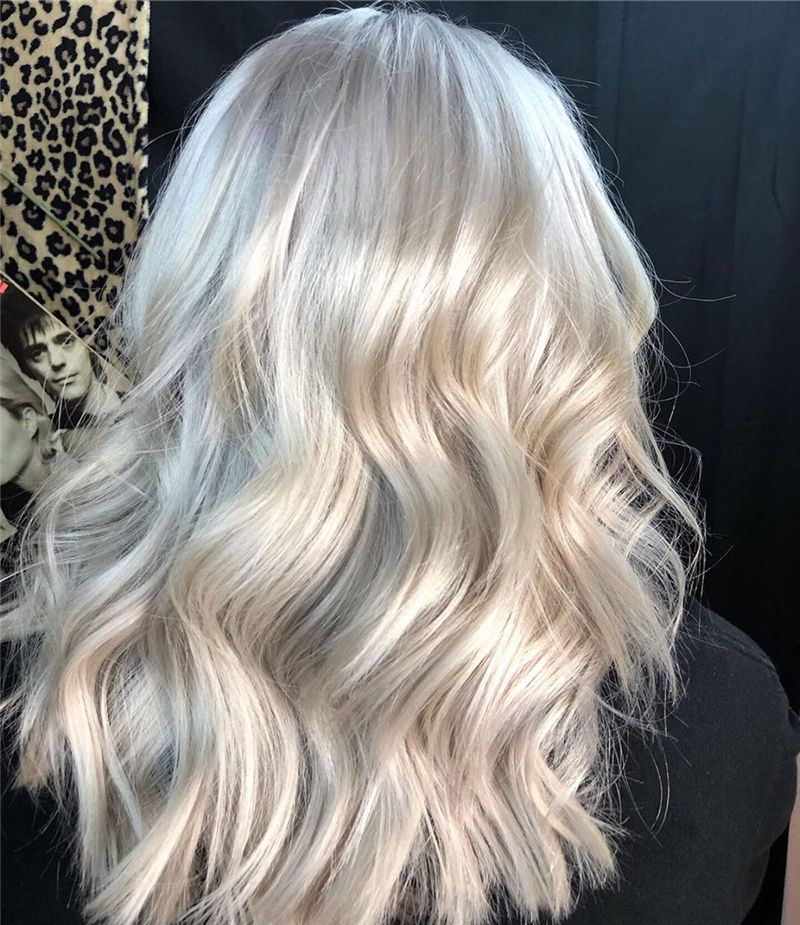 Great White Platinum Blonde Hairstyles You Will Love 37