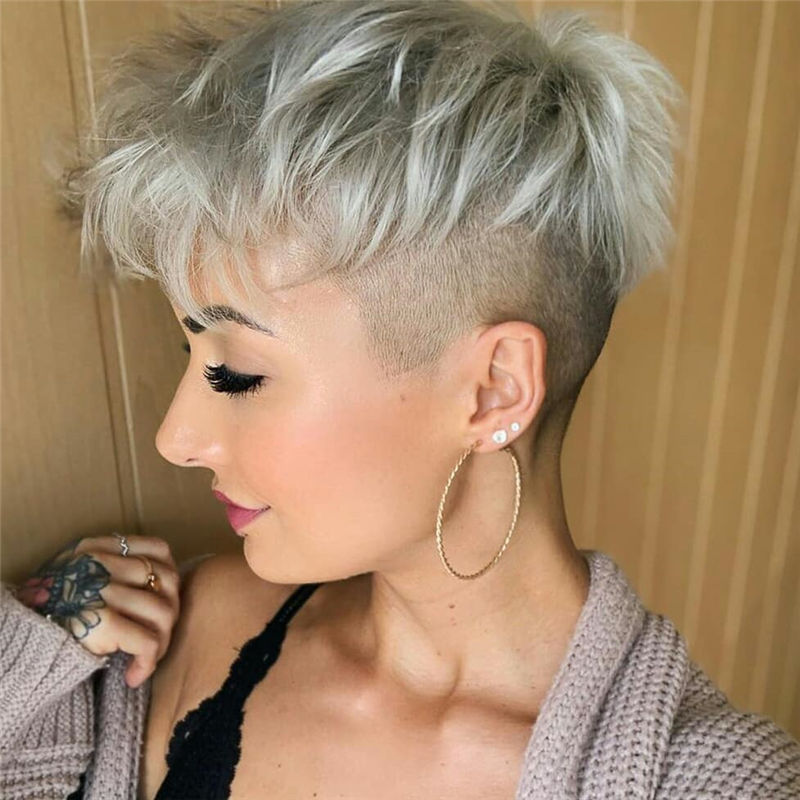 Most Popular Pixie Haircuts for A Trendy Look-19