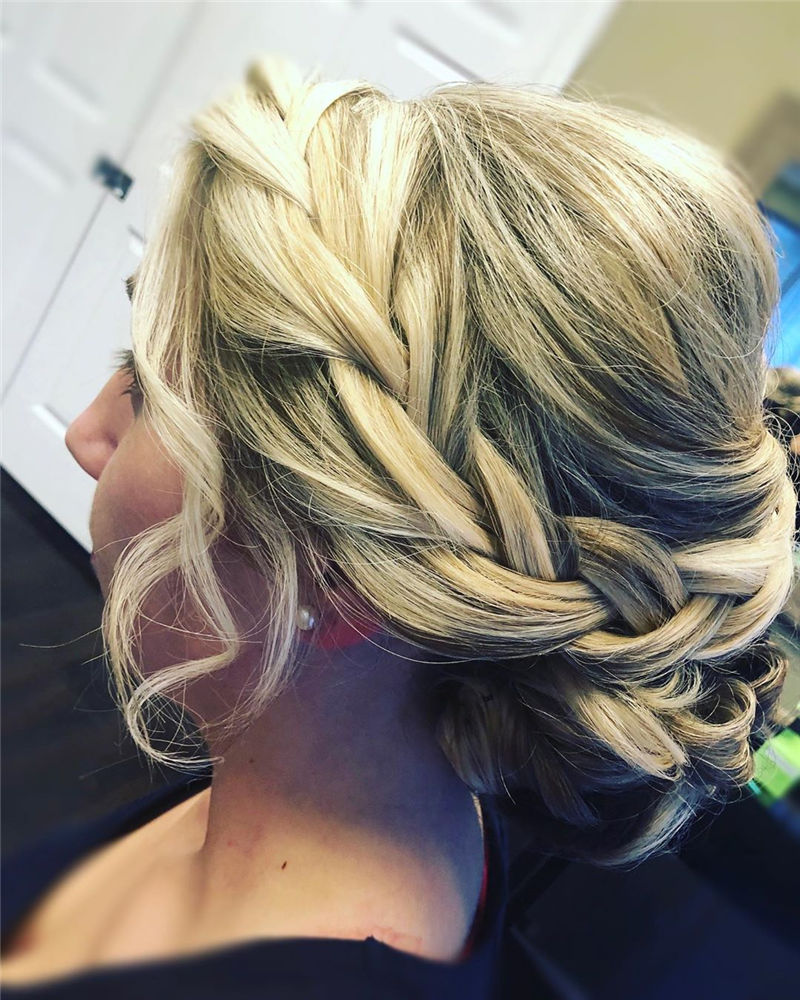 Popular Updo Braided Hairstyles to Look Stylish-11
