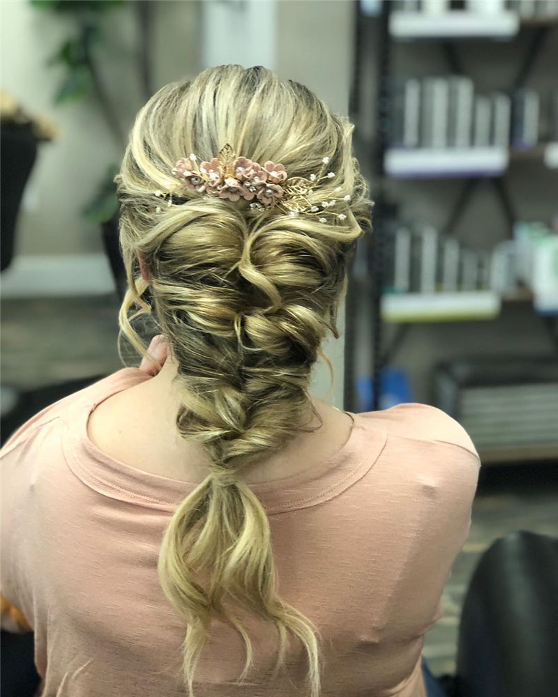Popular Updo Braided Hairstyles to Look Stylish-19
