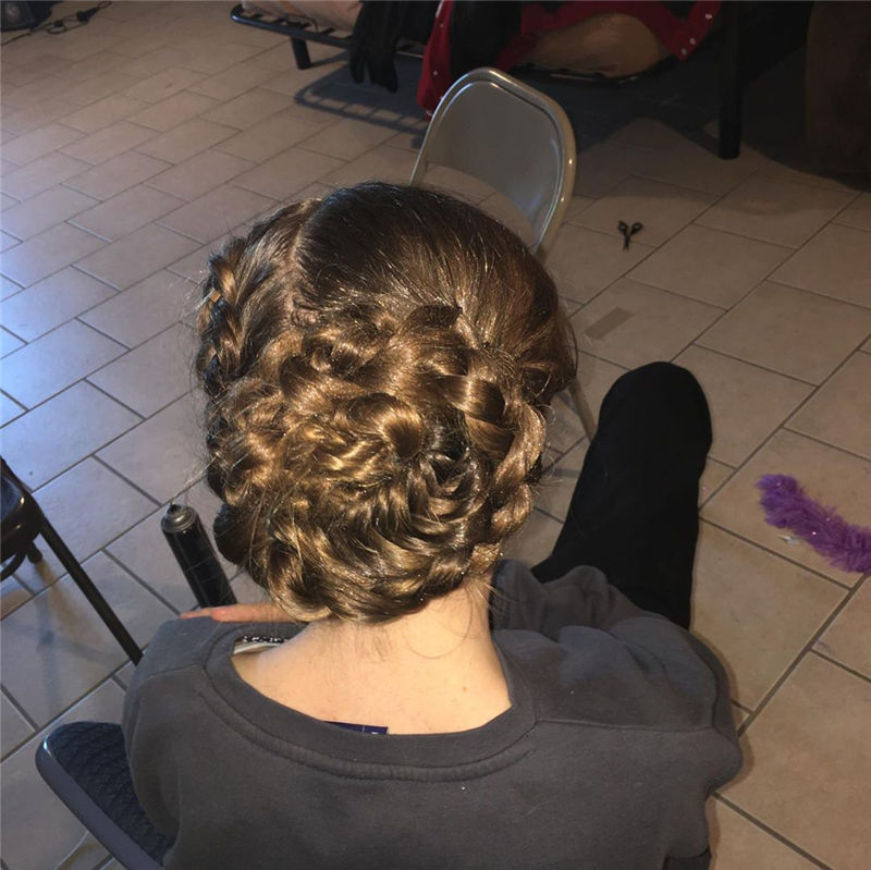 Popular Updo Braided Hairstyles to Look Stylish-20