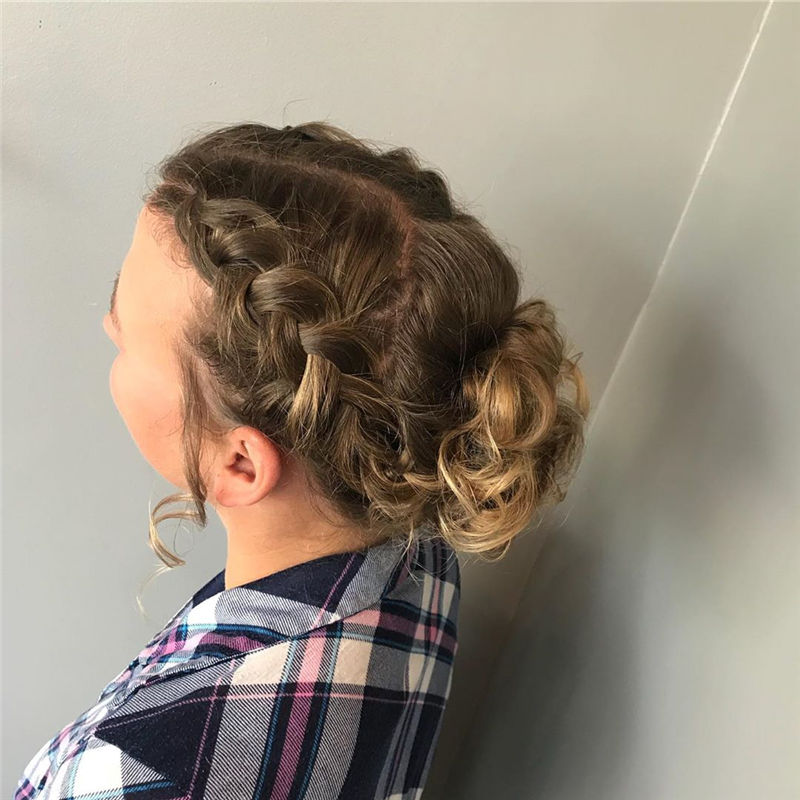Popular Updo Braided Hairstyles to Look Stylish-21