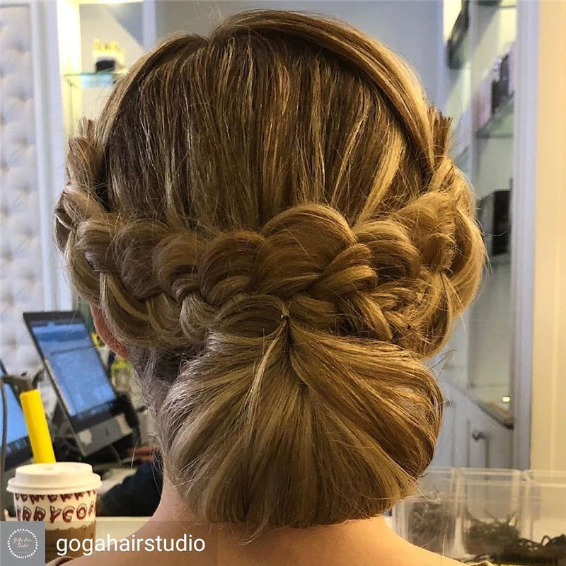 Popular Updo Braided Hairstyles to Look Stylish-31