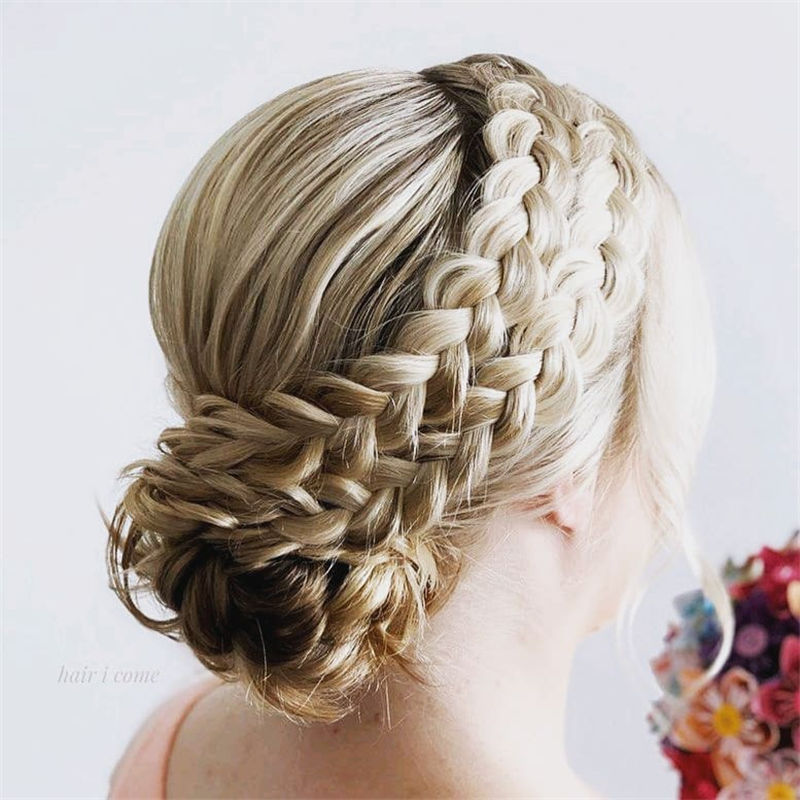 Popular Updo Braided Hairstyles to Look Stylish-35