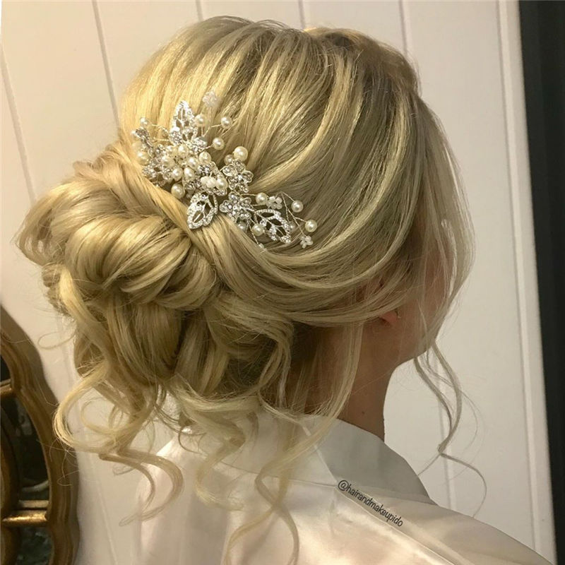 Popular Updo Braided Hairstyles to Look Stylish-37